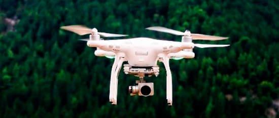 Inspeção industrial com drones